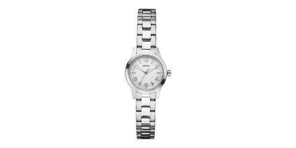 Dámské stříbrné hodinky se světlým ciferníkem