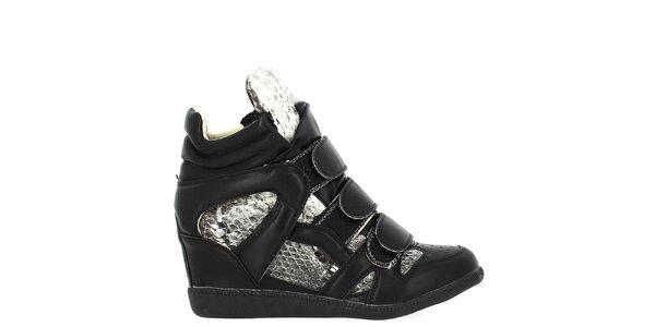 Dámské černé tenisky na klínku s hadími detaily Shoes and the City