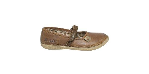 Dámské hnědé kožené boty s páskem Buggy