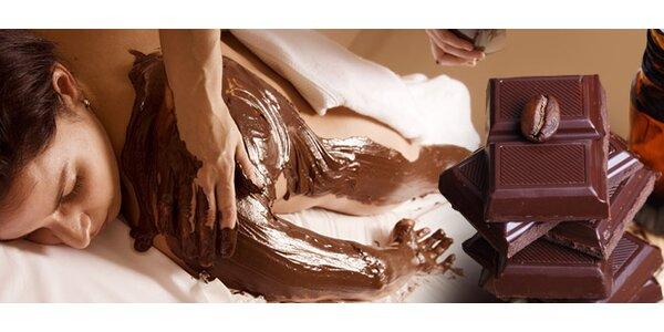 Čokoládová masáž, zábal, peeling i klasická masáž