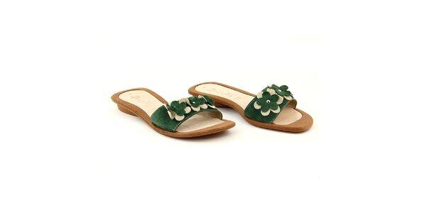 Dámské zelené semišové pantofle s květinkami La Bellatrix