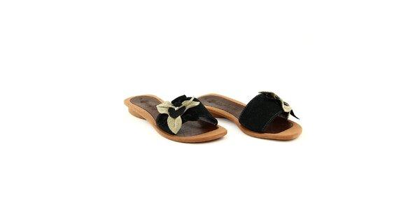 Dámské černé semišové pantofle s květinou La Bellatrix