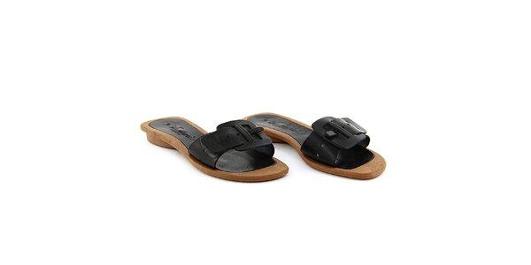 Dámské černé pantofle La Bellatrix