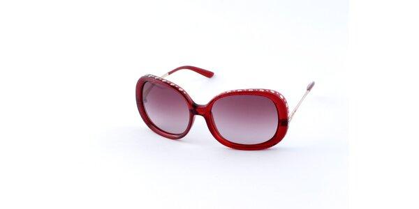 Dámské červené sluneční brýle Guess s kovovými cvoky