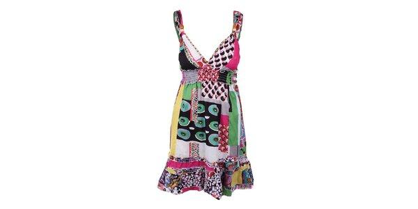 Dámské barevné krátké šaty s výstřihem Dislay DY Design