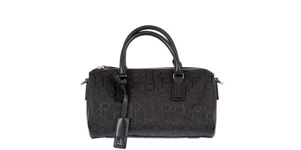 Dámská menší černá potištěná kabelka Calvin Klein