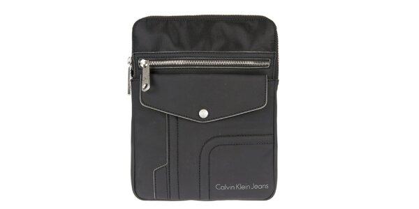 Pánská černá taška přes rameno s nápaditým designem Calvin Klein Jeans