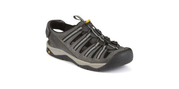 Pánské šedé sandály s uzavřenou špičkou Clarks
