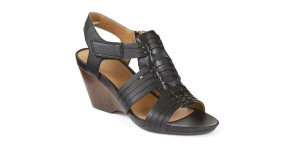 Dámské černé sandály na klínku Clarks