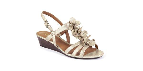 Dámské zlaté sandály na nízkém klínu Clarks