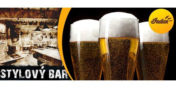3 piva Bernard v baru Indián