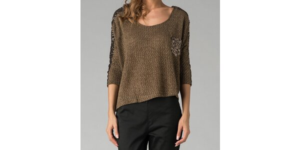 Tmavozelený svetr s třpytivou aplikací Twist