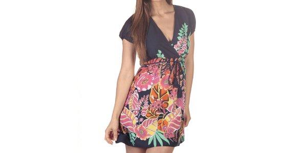 Dámské krátké šaty s vícebarevným květinovým potiskem Azura