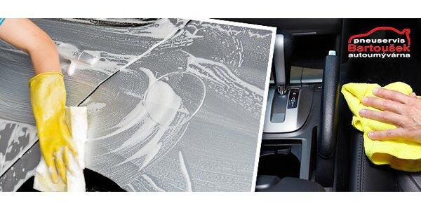 Ruční mytí auta včetně kompletního vyčištění interiéru