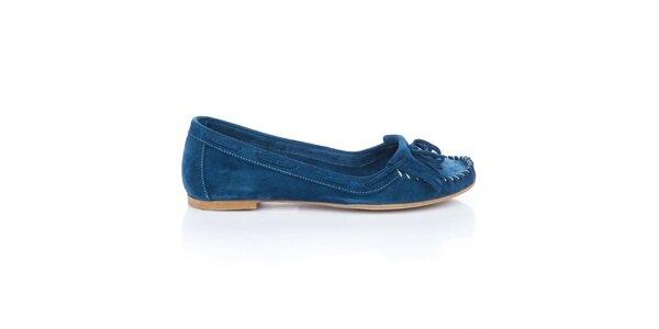 Dámské sytě modré semišové loafers s třásněmi a mašlí Bueno
