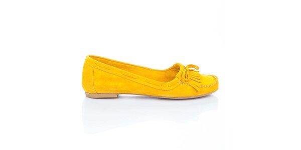 Dámské žluté semišové loafers s třásněmi a mašlí Bueno