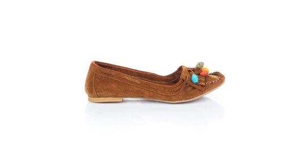 Dámské hnědé semišové boty s barevnými růžičkami Bueno