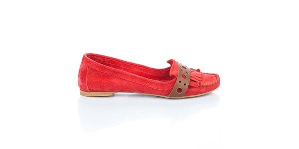 Dámské červené mokasíny s páskem Bueno