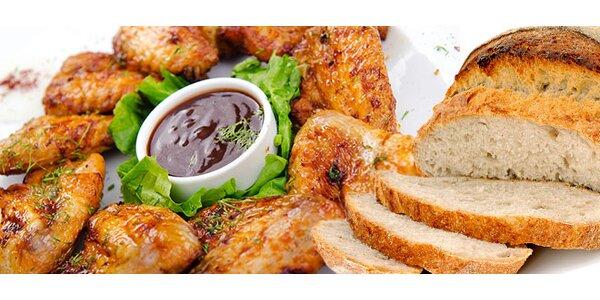 25 kuřecích křidýlek Hajnovka se zeleninou a domácím chlebem