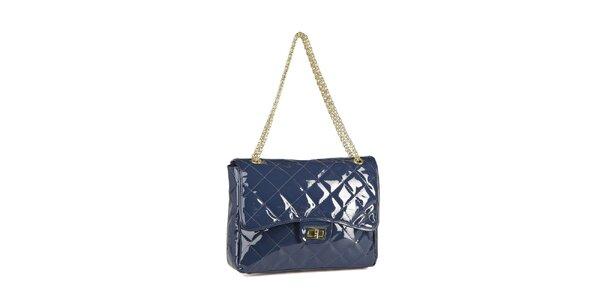 Dámská modrá lakovaná kabelka Steve Madden se zlatým řetízkem