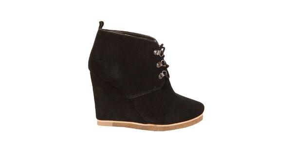 Dámské černé kotníkové boty Steve Madden