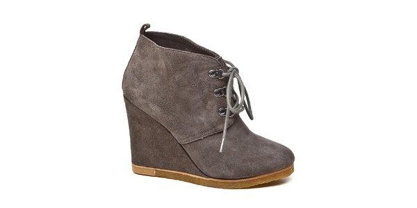 Dámské šedé kotníkové boty Steve Madden