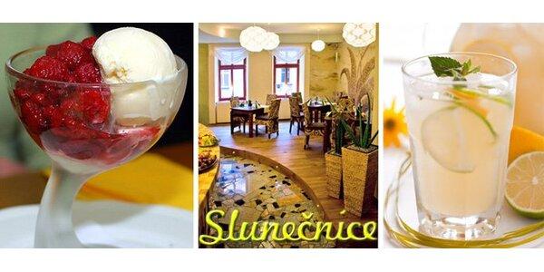 64 Kč za vanilkovou zmrzlinu s horkými malinami, šálek kávy a citronádu.