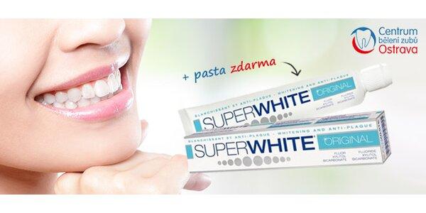 Jasnější a světlejší zuby bez použití peroxidu