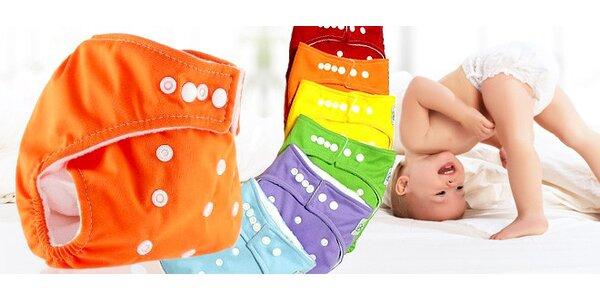 Textilní plenky a kalhotky All in One v hravých barvách