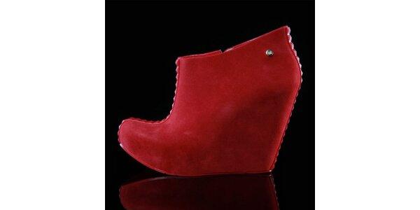Dámské červené boty na klínku Melissa