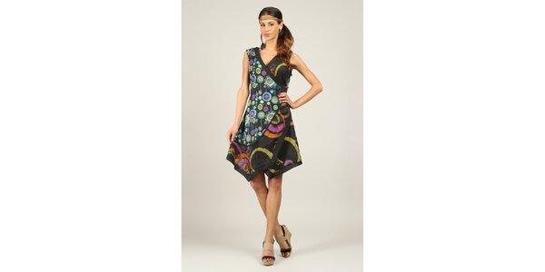 Dámské černé šaty s barevným vzorem a asymetrickým střihem Ziva