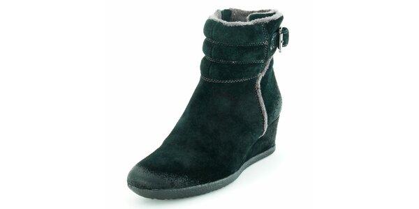 Dámské černé semišové boty na klínku Geox