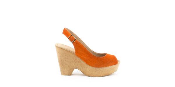 Dámské oranžové sandály na širokém podpatku a platformě MISU