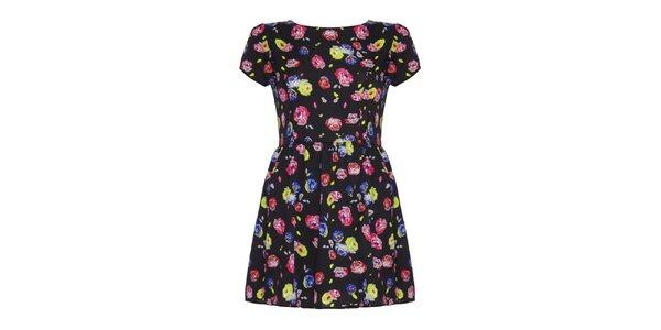Dámské černé šaty s barevnými květinami Yumi