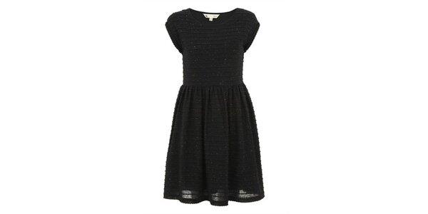 Dámské černé šaty s reliéfními proužky Yumi
