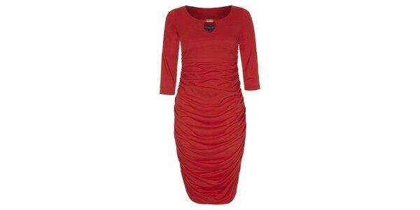 Dámské červené šaty se zlatou ozdobou Hot Squash