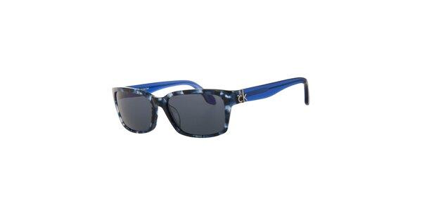 Dámské modré sluneční brýle se vzorovanými obroučkami Calvin Klein