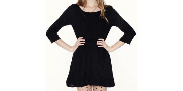 Dámské černé šaty s odhalenými zády Pepa Loves