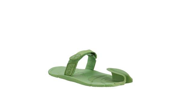 Zelené boty s textilním páskem přes nárt Dopie
