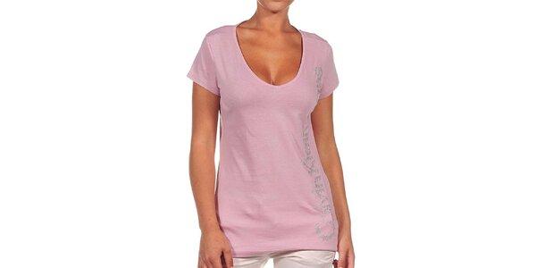 Dámské růžové tričko se stříbrným nápisem Calvin Klein