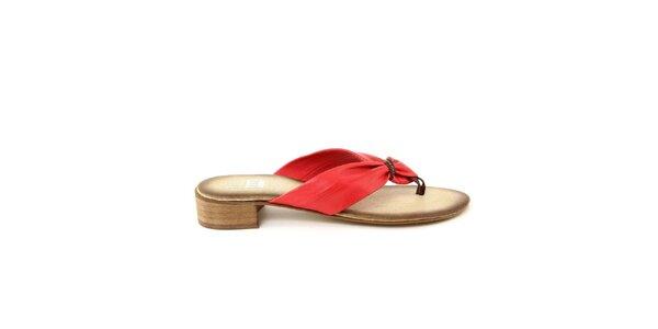 Dámské červené kožené žabky na podpatku Julie Julie