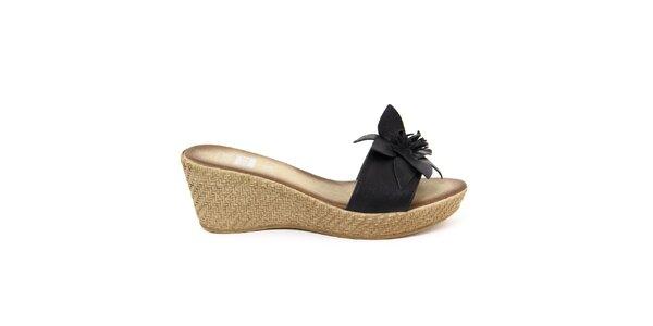 Dámské kožené černé nazouvací sandálky s květem Julie Julie