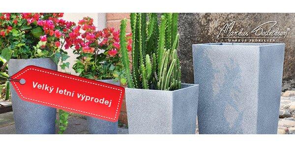 Výprodej! Vysoké plastové květináče se vzhledem pískovce