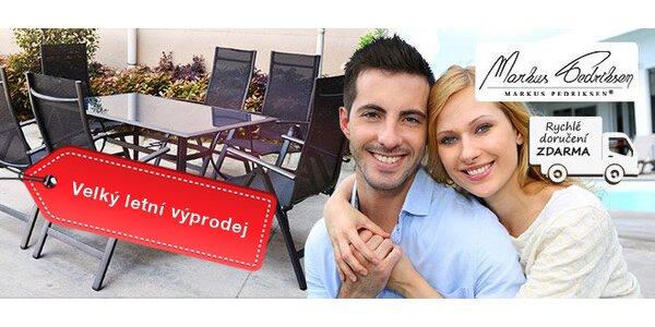 Výprodej! Posezení v černé – stůl a 6 skládacích židlí Zaragoza