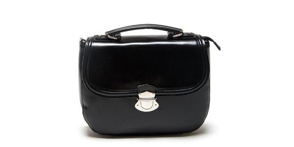 Dámská černá kabelka s přezkou Mangotti