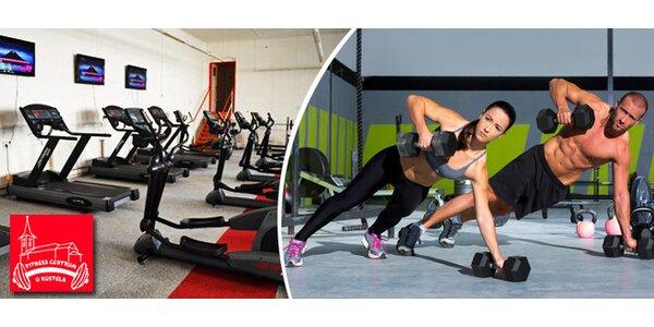 Tři vstupy do fitness centra