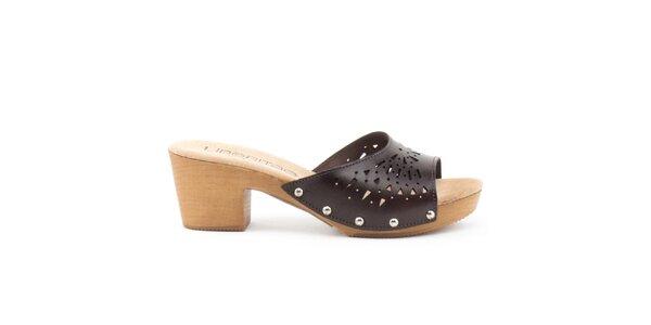 Dámské kožené sandály s perforovaným páskem Liberitae