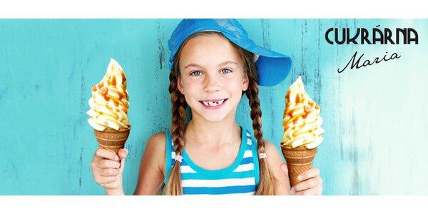 2 velké točené zmrzliny polité karamelem