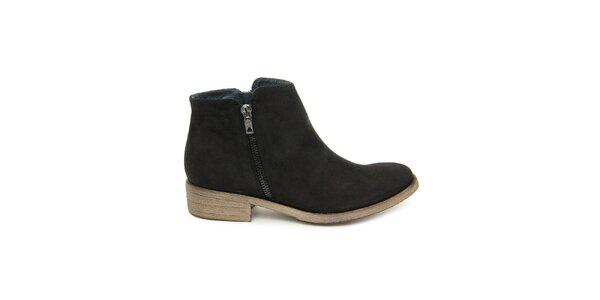 Dámské černé kotníkové boty se zipem Giorgio Picino