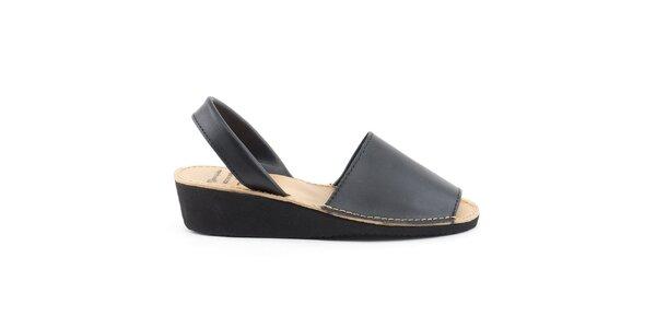Dámské černé kožené sandály na klínku Daneris